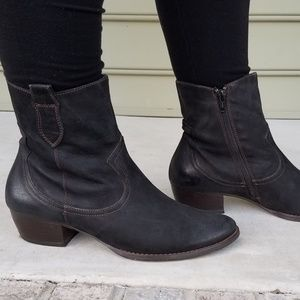Paul Green Nubuck Leather Ankle Boots sz 8.5